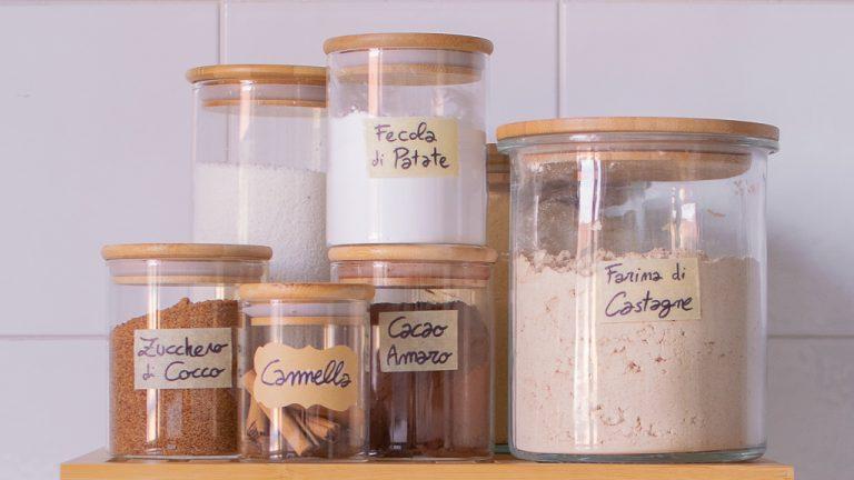 Come rifornire la tua cucina con ingredienti sani, integrali e completamente vegetali